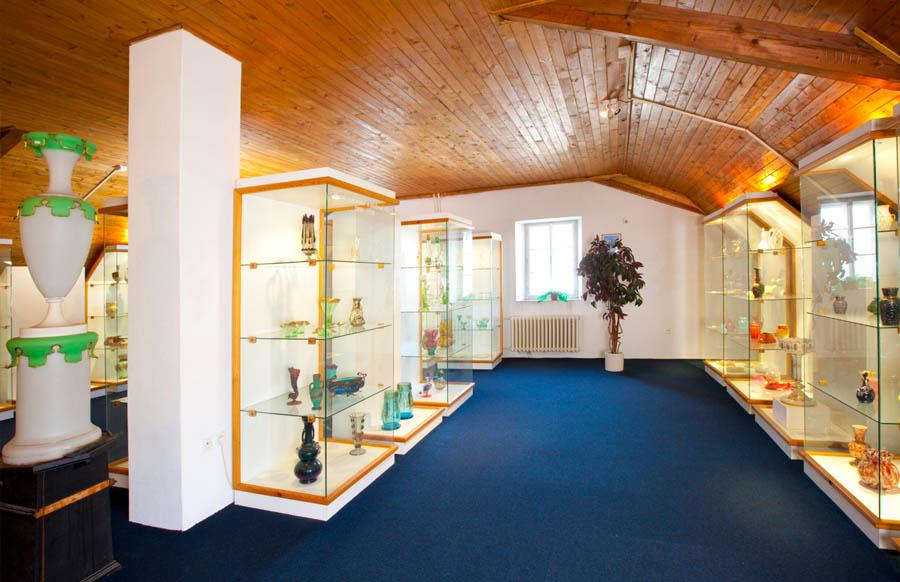 Sklářské muzeum Harrachov