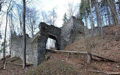 Zřícenina hradu Nový hrad
