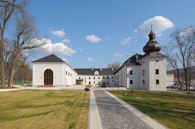 Historická knižnica rodu Apponyi