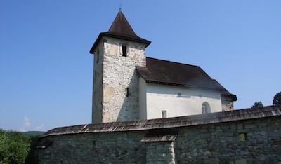 Stredoveký kostolík v Zolnej