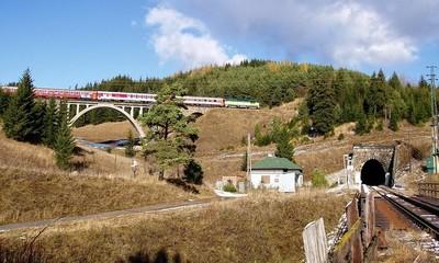 Tunel Kornela Stodolu