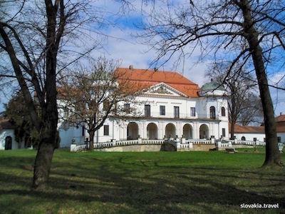 Kaštieľ Michalovce / Zemplínske múzeum